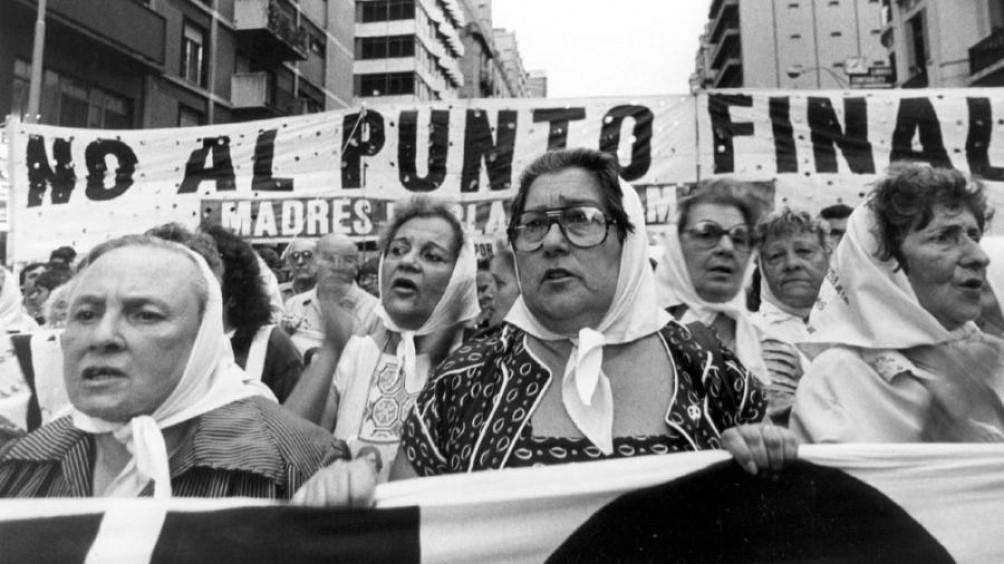 44 años de la primera ronda de las Madres de Plaza de Mayo