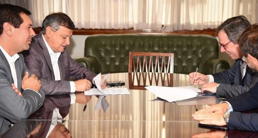 Peppo firmó convenio con nación para asistir a productores afectados por la emergencia hídrica