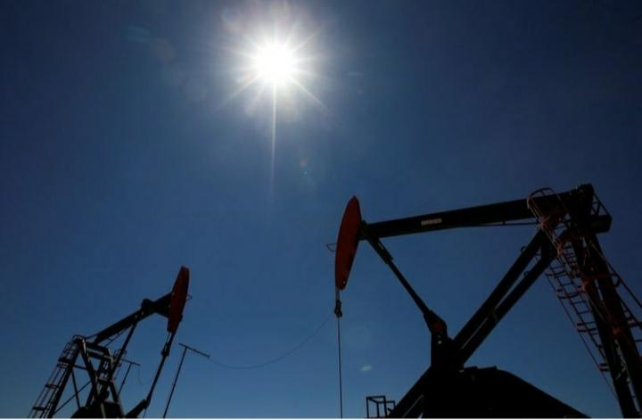 """El Gobierno fijará por decreto un """"barril criollo"""" a USD 45 a cambio de que las petroleras no despidan personal"""
