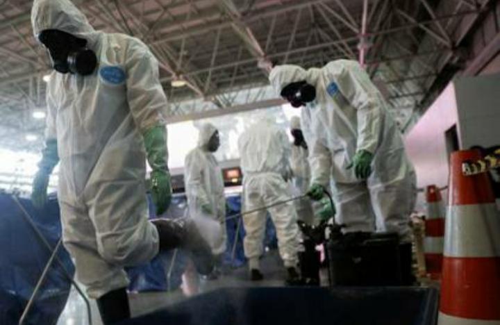 La OMS advirtió que rociar las calles con desinfectante es peligroso y poco eficaz en la lucha contra el coronavirus
