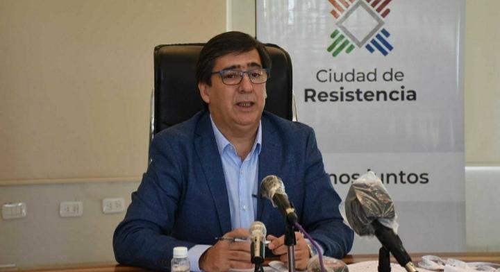 El intendente de Resistencia quiere evitar pagar la obra social de empleados