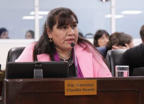 Internaron a la ex diputada Claudia González, dio positivo para coronavirus.