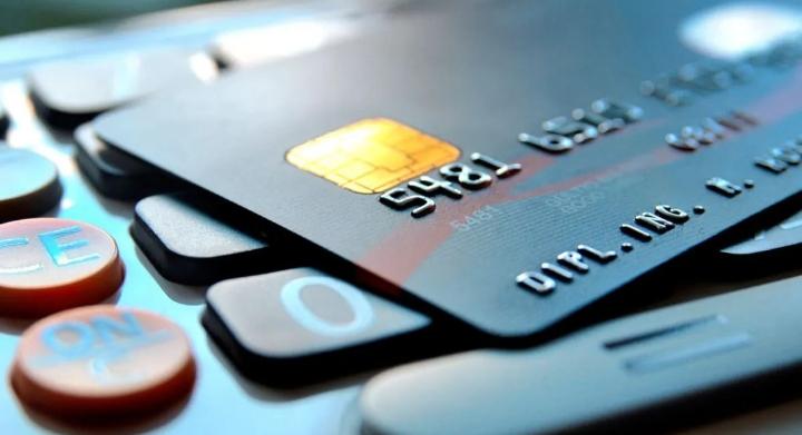 Este mes, no habrá financiación para el pago de tarjetas