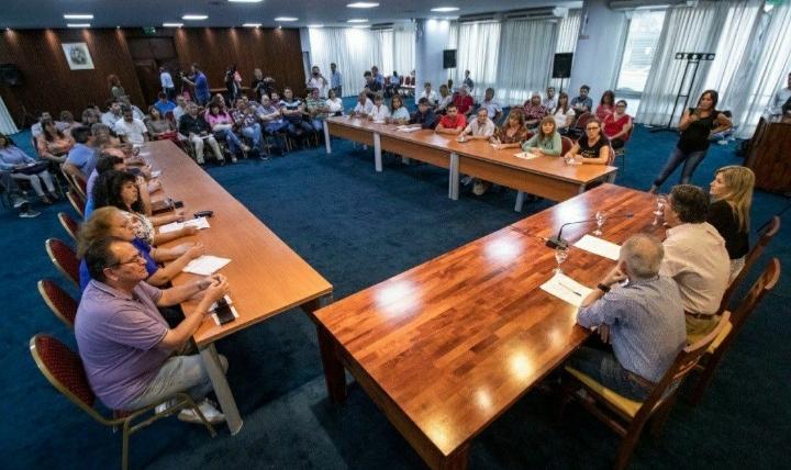 Posponen la reunión con docentes que reclaman la cláusula gatillo