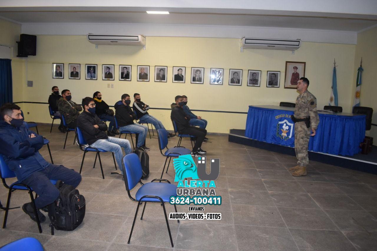 Escuela de Policía: capacitación en protocolo de intervención