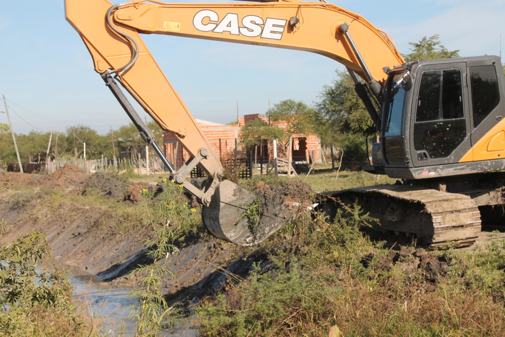 El municipio avanza con el mantenimiento de los canales Quijano y 16