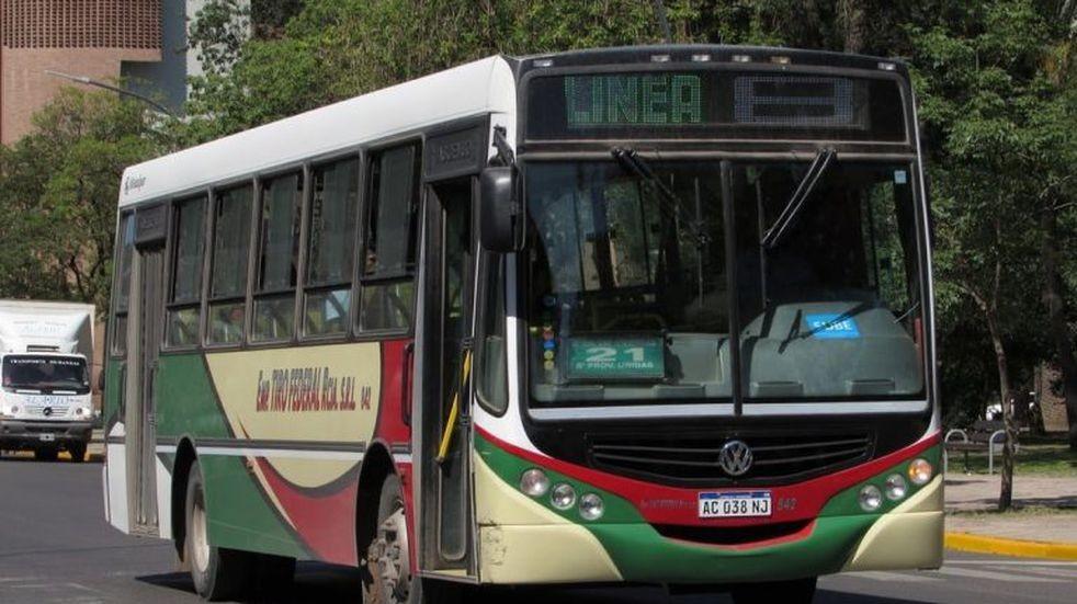 Desde este lunes, 31 de mayo, vuelve el transporte público urbano e interurbano