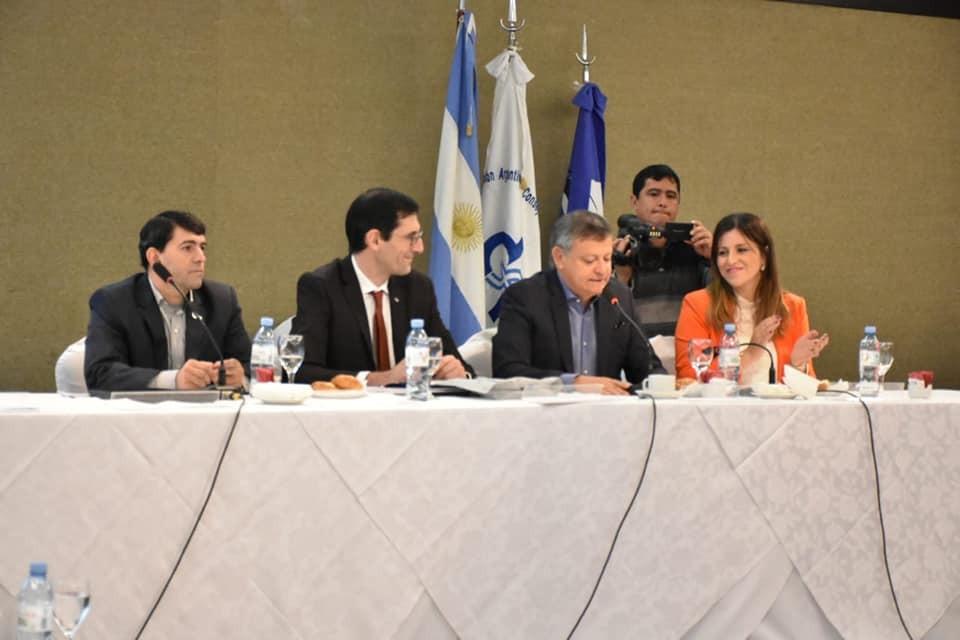 Peppo y Ayala participaron de la junta de gobierno de la FACPCE
