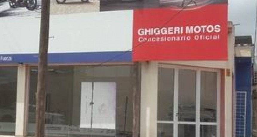 Ex – Empleados de la empresa Ghiggeri Motos reclaman falta de cumplimiento de acuerdo