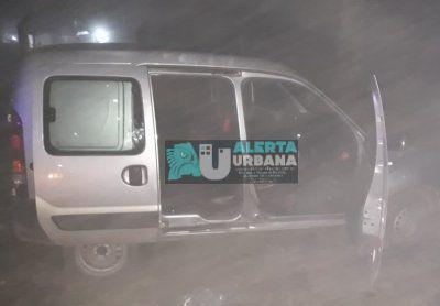 A un repartidor de bebida le robaron su vehículo.