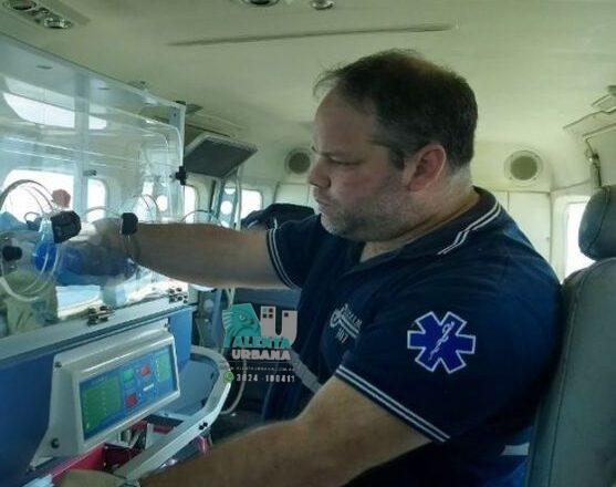 El doctor Nicolás Ivancovich llegó esta mañana a Miraflores para realizar hisopados masivos.
