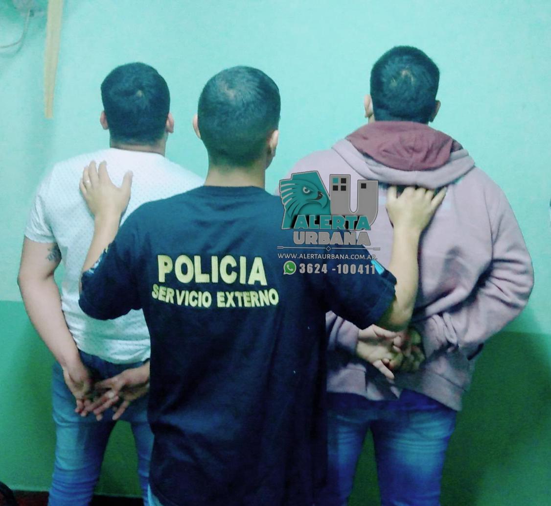 Lluvia Barrios y dos personas detenidas por violar el aislamiento.