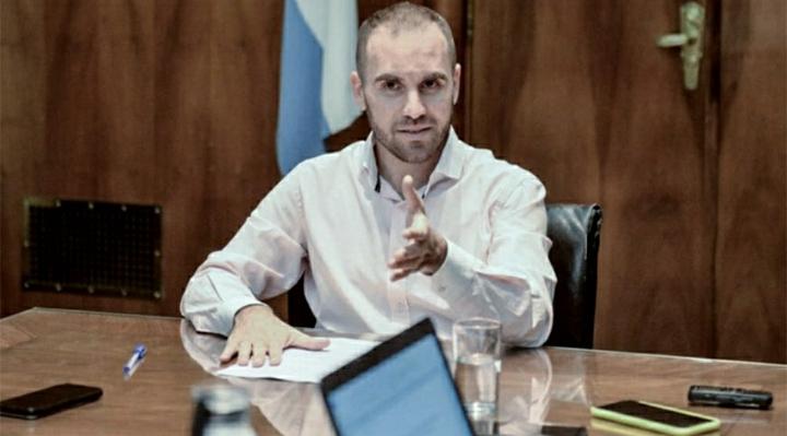 """Guzmán dijo que trabaja en detalles finales de la oferta y que """"el margen que queda es escaso"""""""