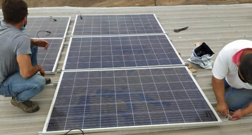 Barranqueras: Municipio comenzó la instalación de paneles solares en la planta Separadora de Residuos Sólidos Urbanos