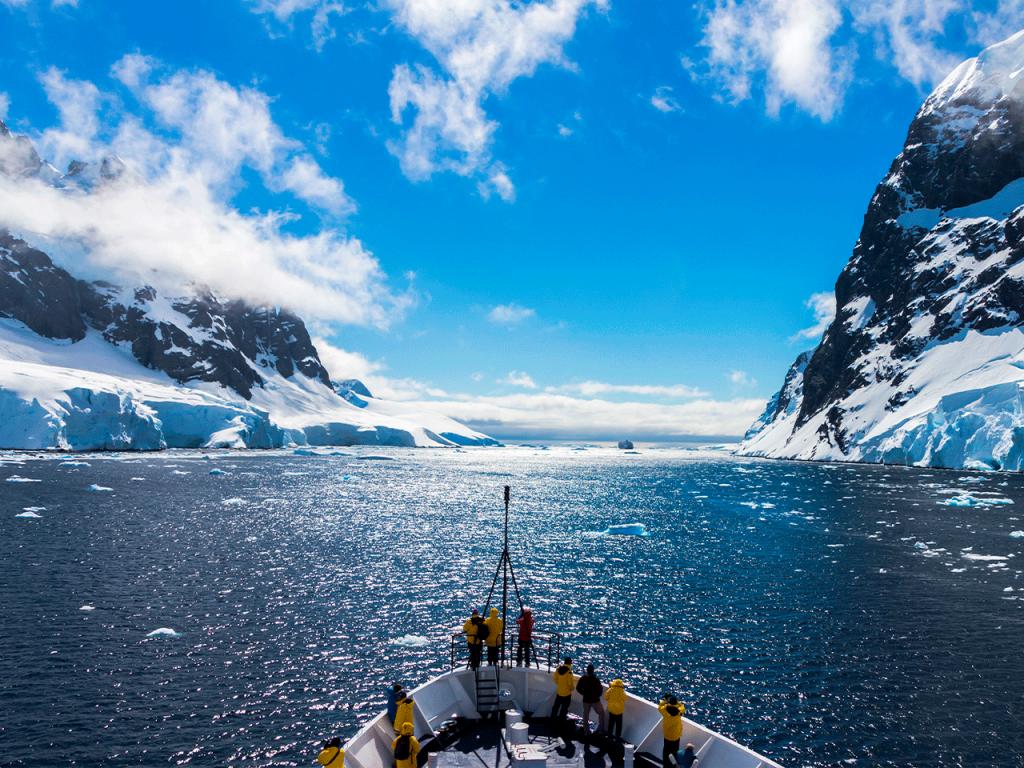 Argentina, Chile y España llaman a la urgente protección de las aguas de la Antártida.
