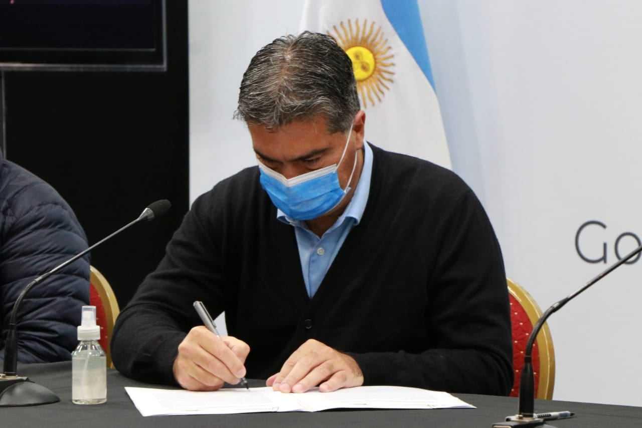 El gobierno y la Fechaco firmaron un convenio
