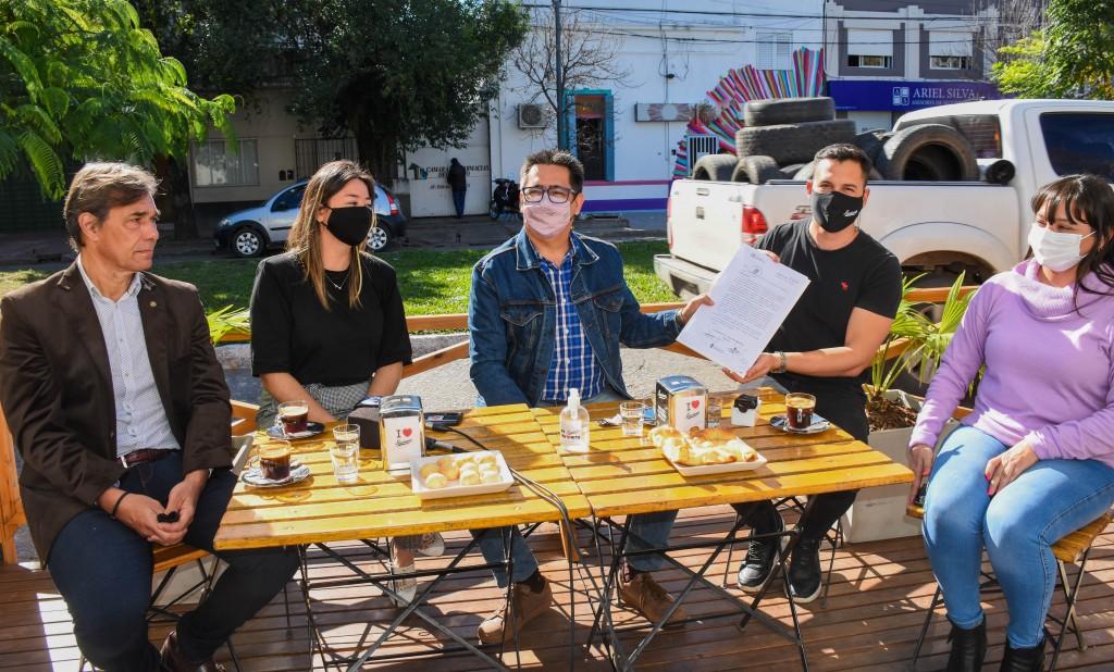 Presentaron el primer balcón gastronómico de Resistencia