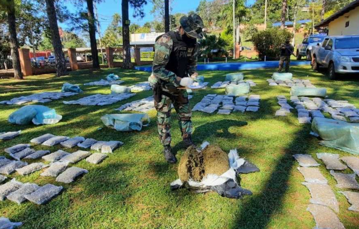 Prefectura secuestró un cargamento de más de 1.200 kilos de marihuana