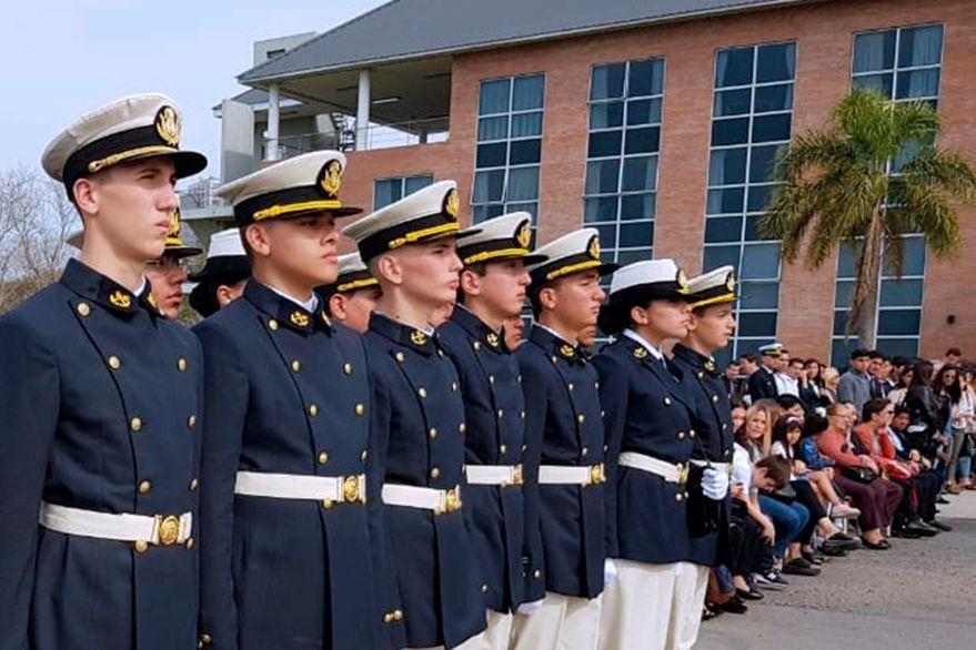 Los liceos militares quieren mantener su identidad y rechazan el plan de reformas del Gobierno