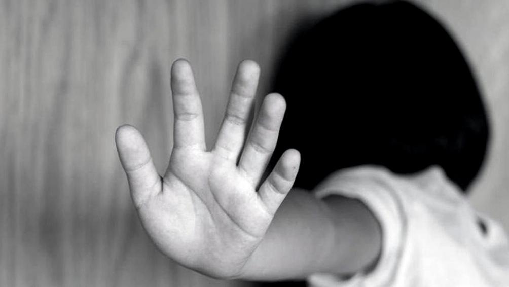 La madre de una niña de 10 pide quitar del DNI de su hija el apellido del padre abusador