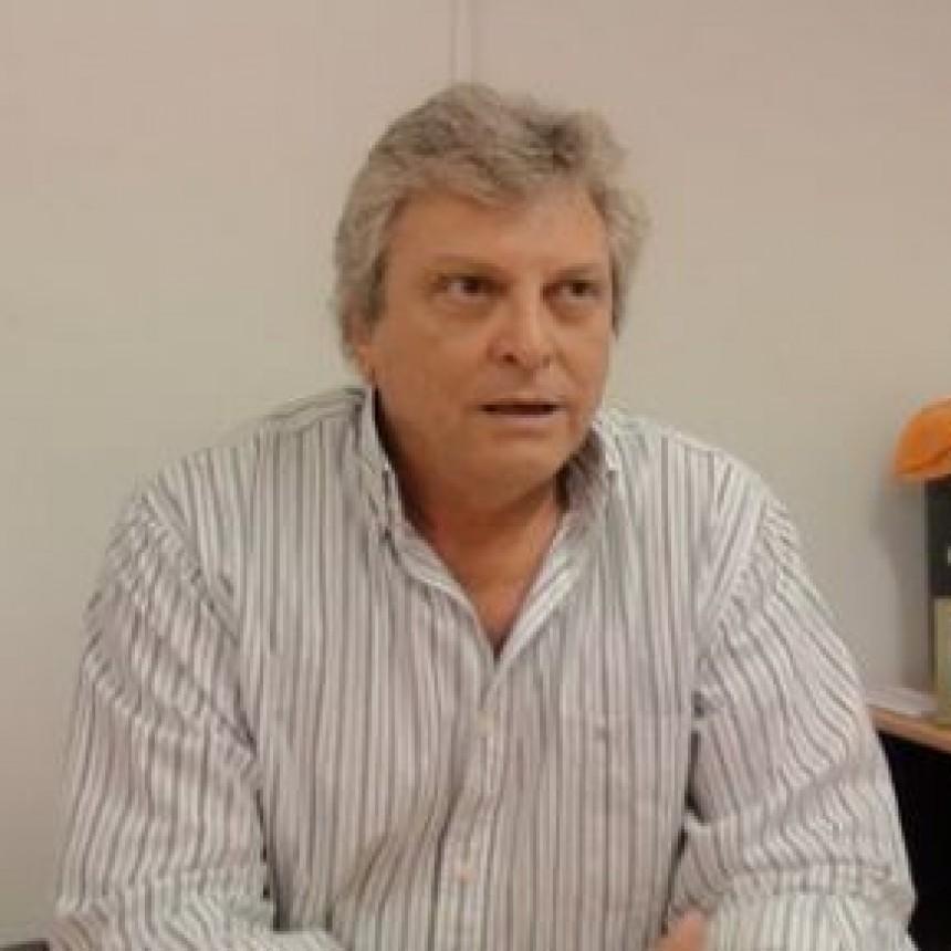 Raúl Castell continúa de protesta en Sáenz Peña