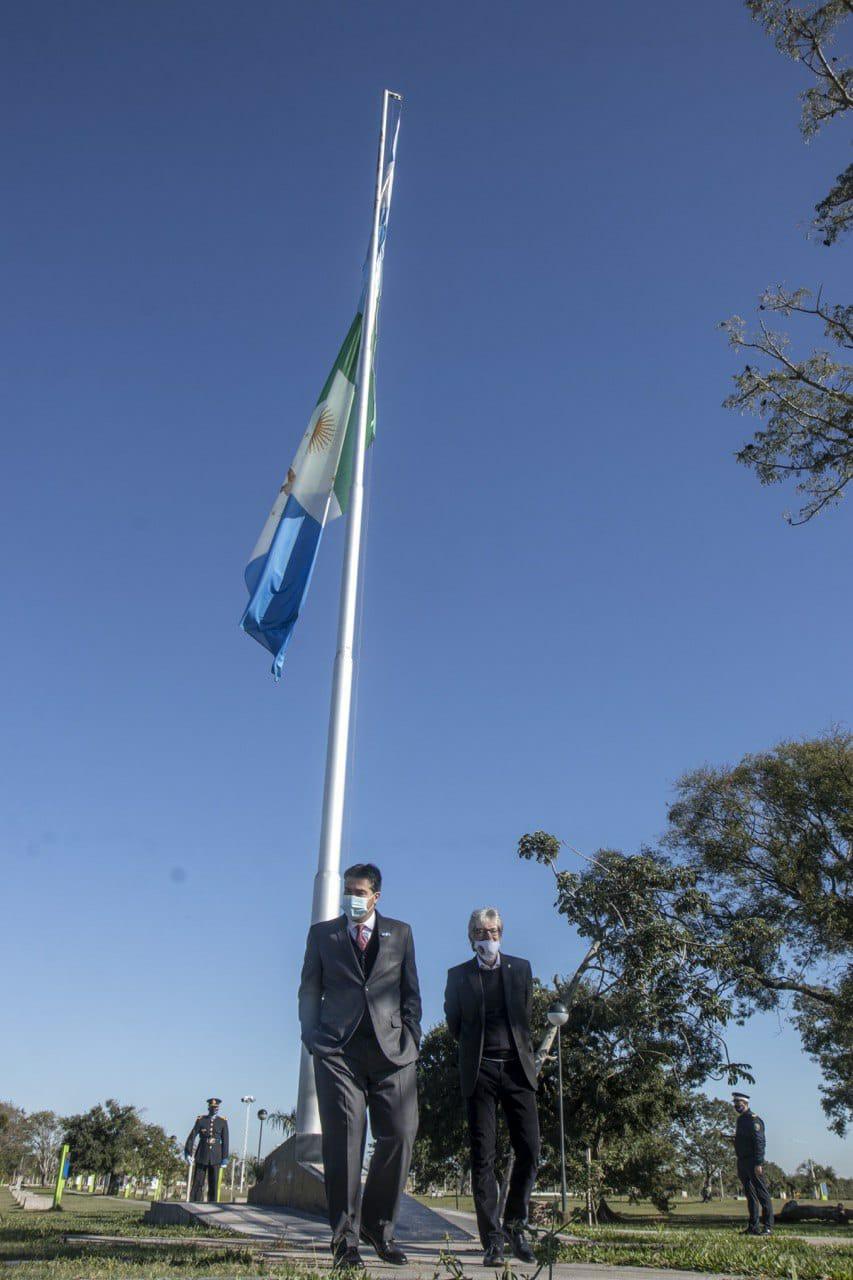 El Gobernador Capitanich rindió homenaje a los próceres.