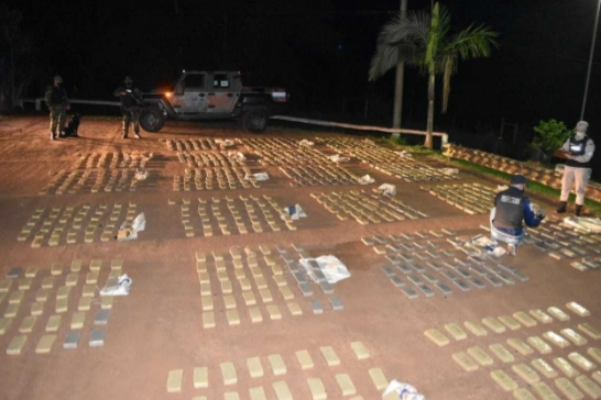 Prefectura decomisó más de dos toneladas de marihuana