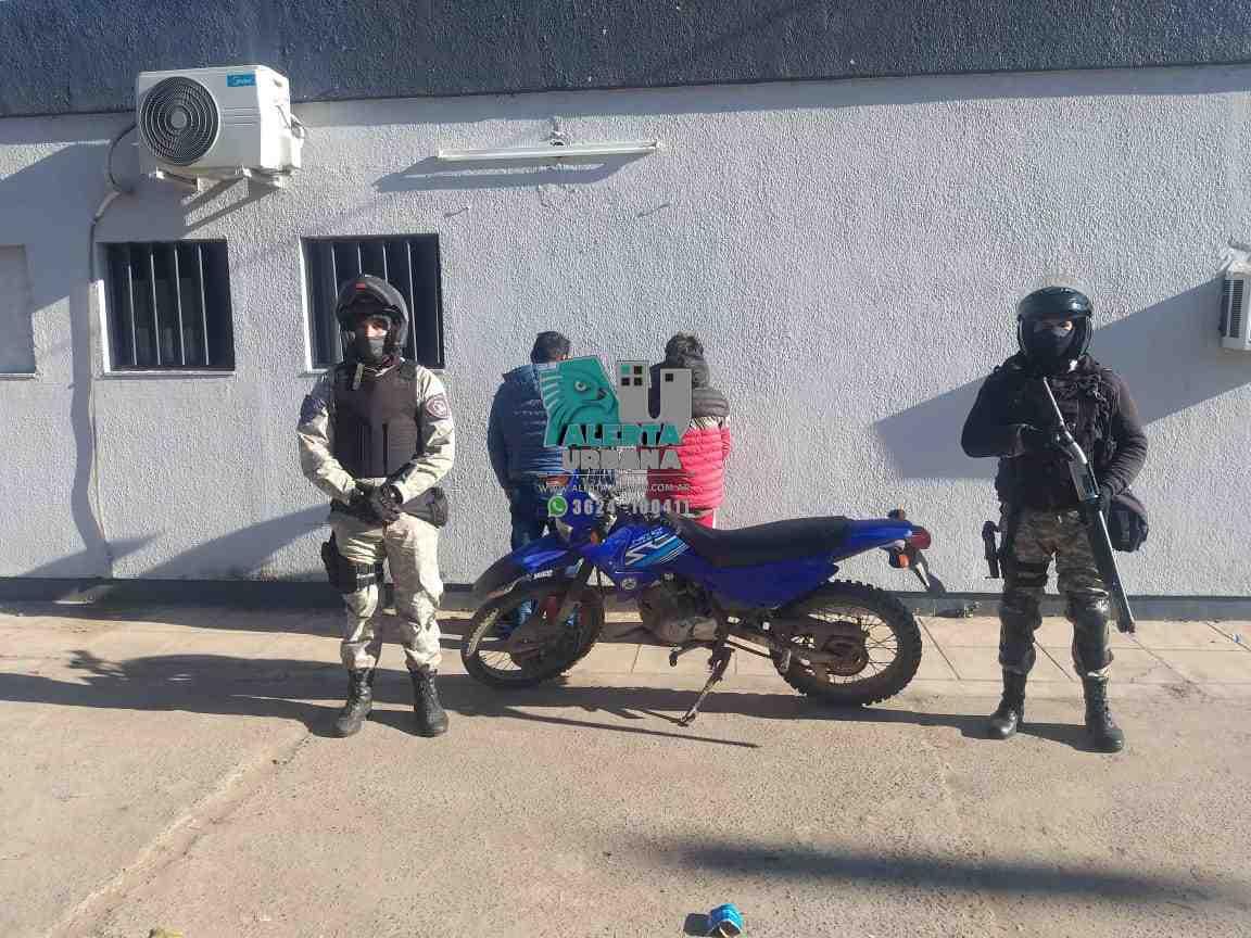 Circulaban en una moto con pedido de secuestro, un hombre y un menor demorados.