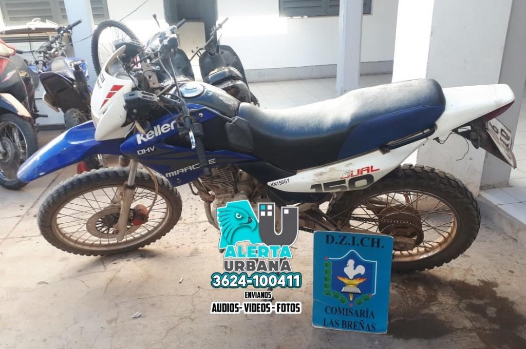 Oculta en la maleza dieron con una moto robada en Las Breñas