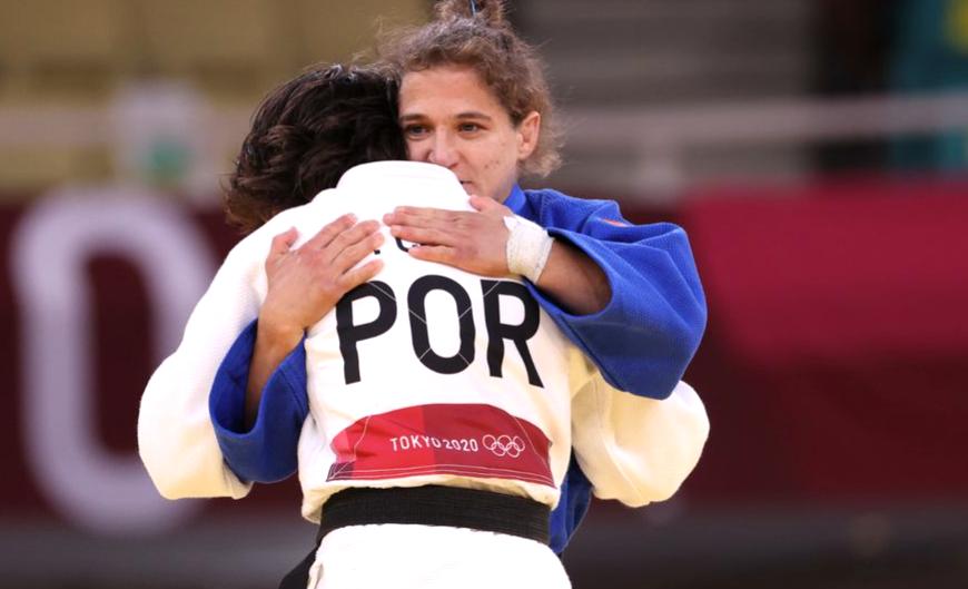 Paula Pareto no pudo quedarse con la medalla, emocionó a todos con sus lágrimas y confirmó su retiro