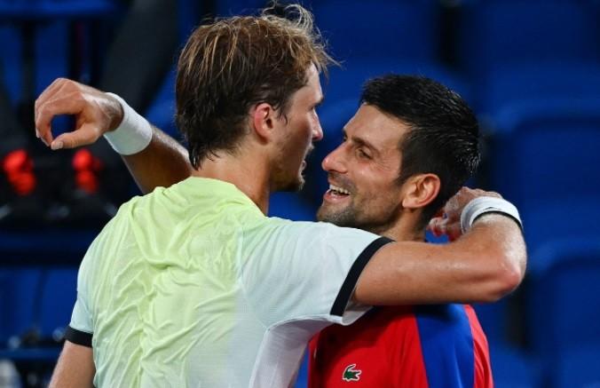 Zverev dejó a Djokovic sin final olímpica
