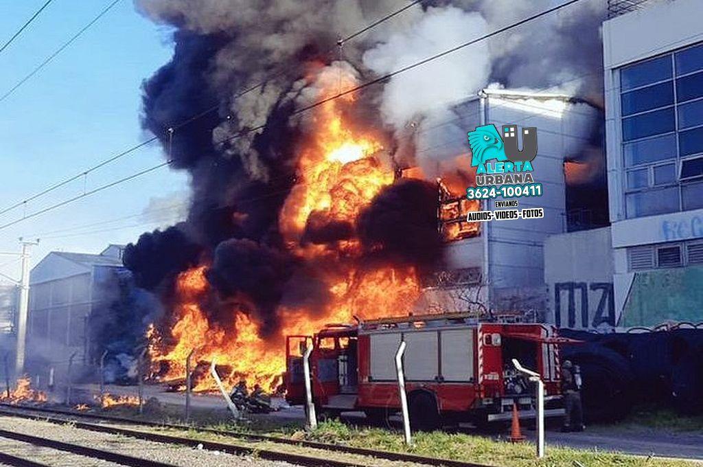 Voraz incendio en la planta de cervecería Quilme