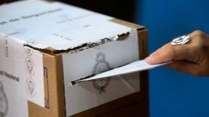 A días de las PASO nacionales, obligaciones, multas y quienes están en condiciones de votar