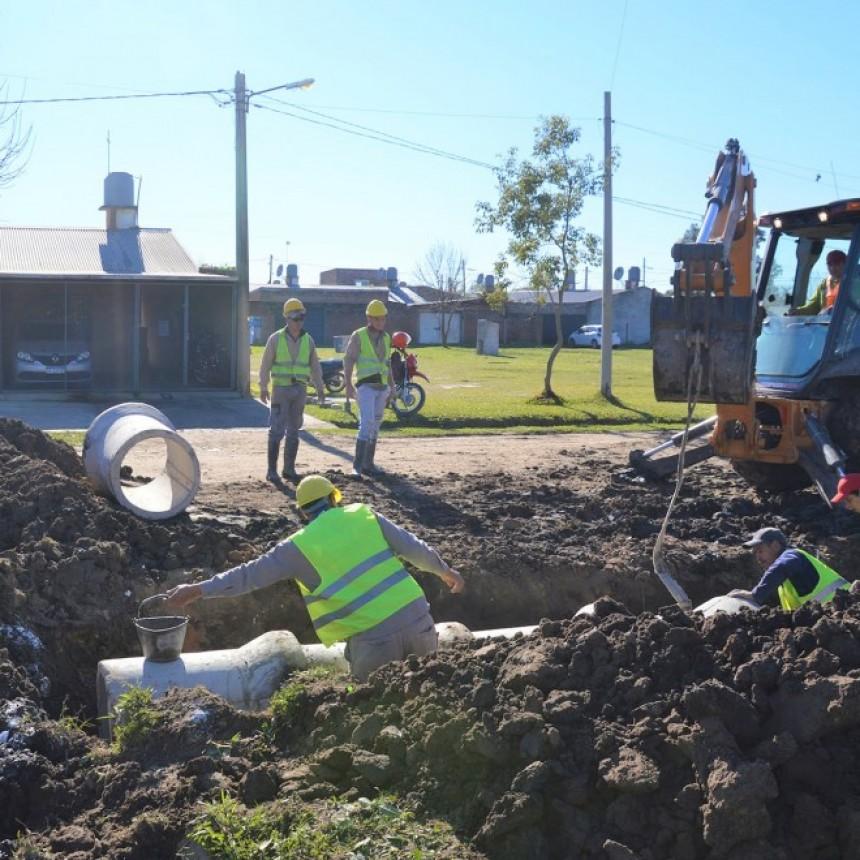 La Presidencia del Concejo y el IPDUV supervisaron obras de desagües en barrios de la zona sur