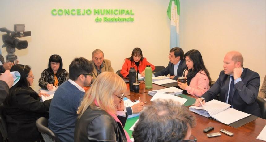 El Concejo Municipal aprobó mejoras de calles, alumbrado público y servicios en Resistencia