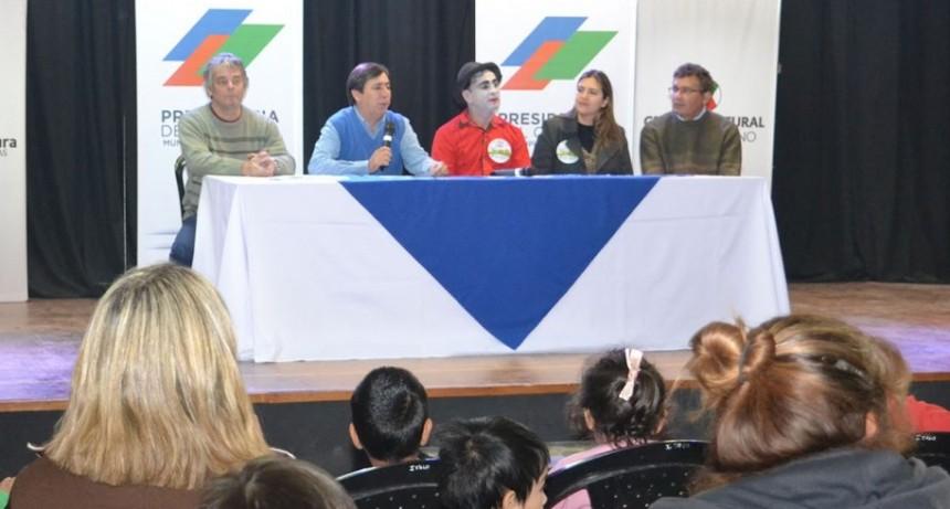 Gustavo Martínez presentó la 14° edición de Chaque el Circo en escuelas y barrios