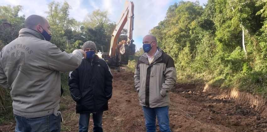 Canal Arazá: limpian los 600 metros restantes