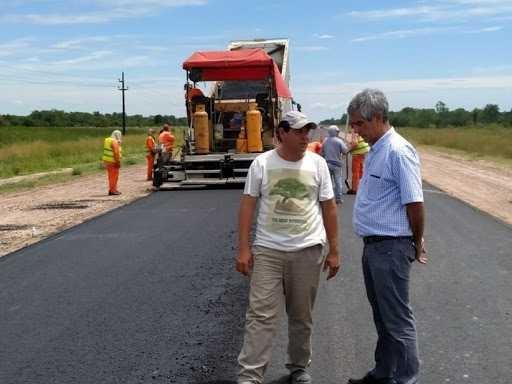 Chaco tiene en marcha un ambicioso plan de obras viales para generar empleo y mejorar la calidad de vida de sus ciudadanos
