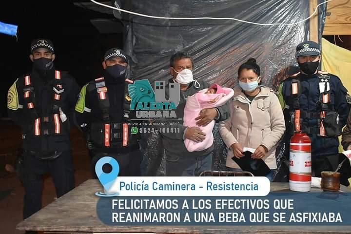 Resistencia: Efectivos de la Policía Caminera fueron felicitados por salvar la vida de un bebé.