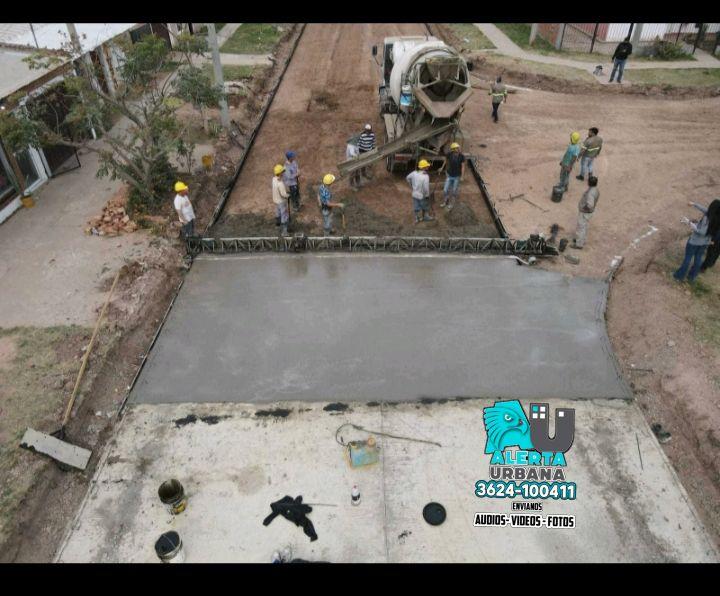Sáenz Peña: Vialidad Provincial ejecuta 7 nuevas cuadras de pavimento urbano