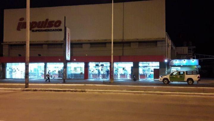 Robaron 300.000 pesos en una de las sucursales del Supermercados Impulso de Corrientes