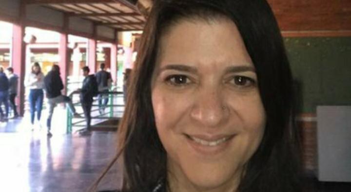 Conmoción: una profesora universitaria de 46 años con coronavirus murió mientras daba una clase virtual