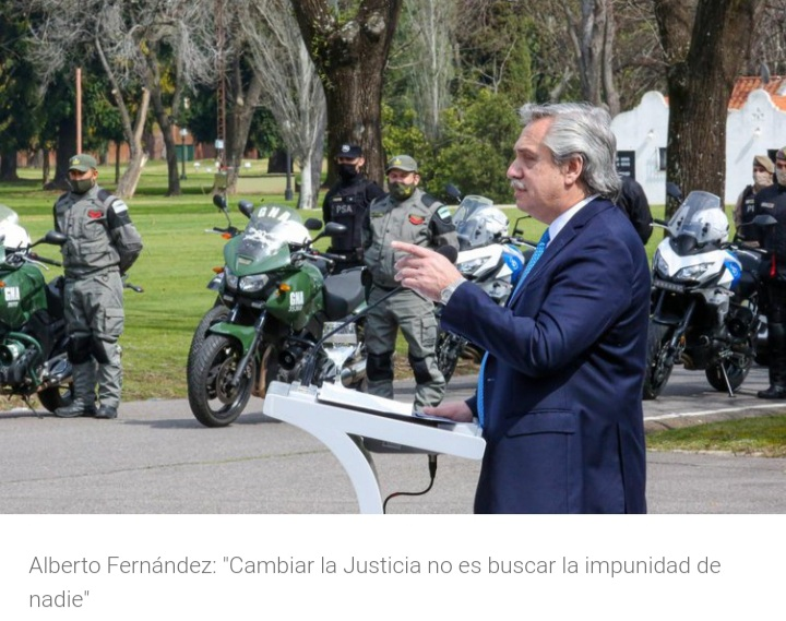 """El presidente Alberto Fernández expresó: """"Muchas veces el que delinque lo hace porque no encuentra una alternativa mejor""""."""