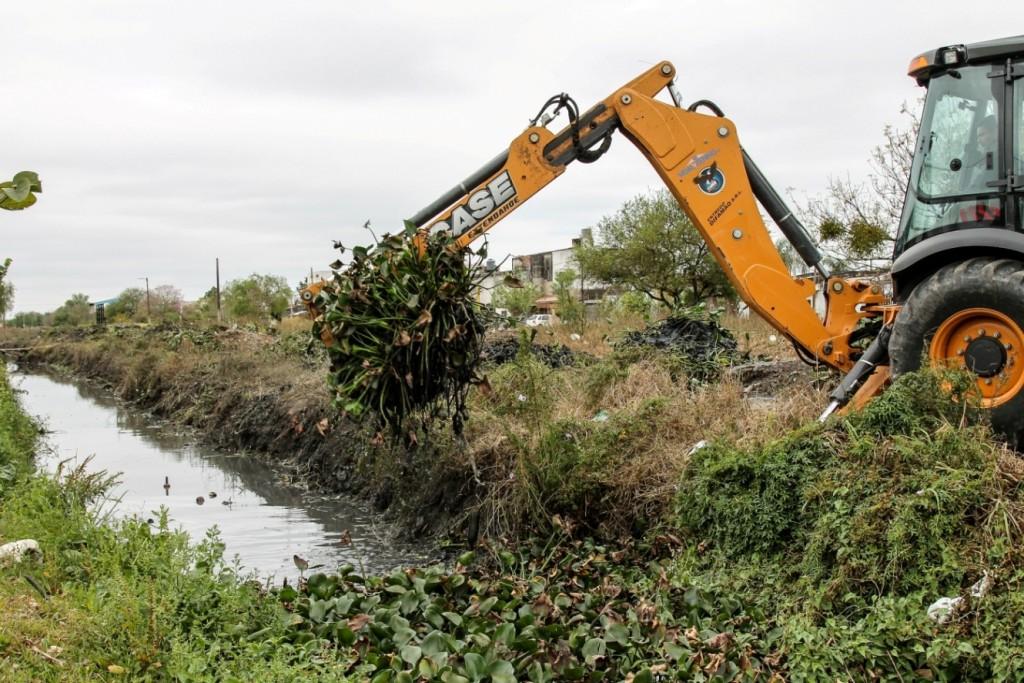 El Municipio continúa refuncionalizando conductos secundarios para mejorar el escurrimiento en épocas de lluvia