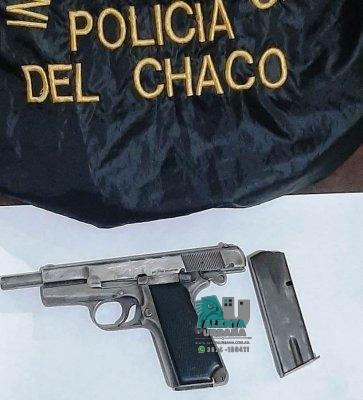 Gral. Pinedo: un arma de fuego fue incautado.