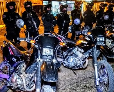 Más de un centenar de policías recorrieron la noche capitalina