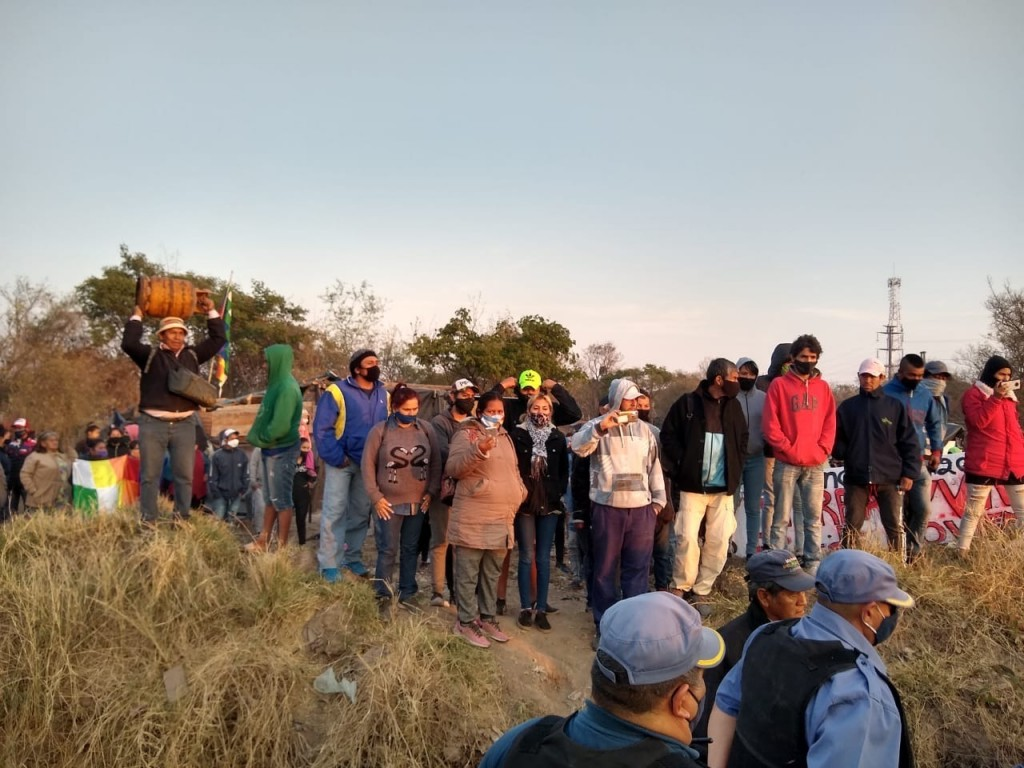 Desalojan un predio tomado por 150 familias en Resistencia