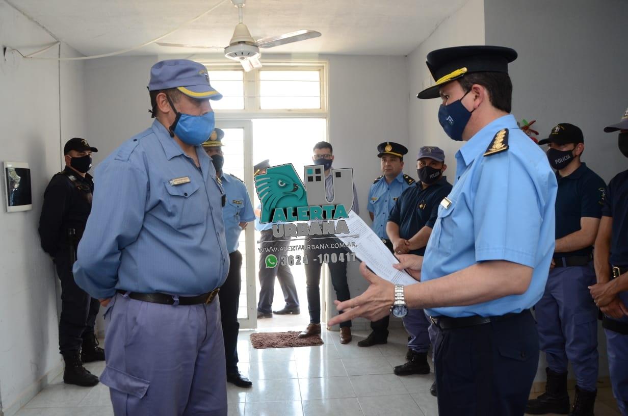 Sáenz Peña: efectivos policiales recibieron uniformes nuevos.