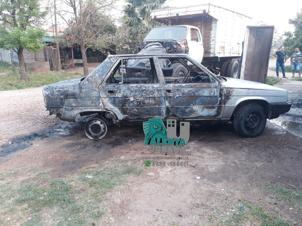 Sáenz Peña: daño total en un automóvil que se prendió fuego
