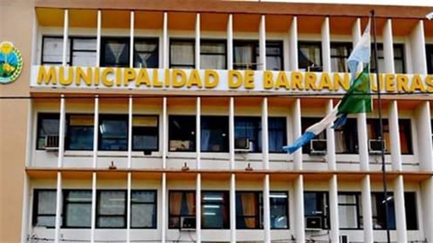 Barranqueras: Nueve trabajadores municipales fueron aislados.